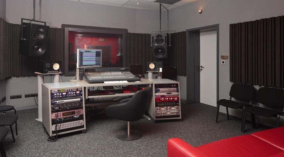 Представяне на звукозаписно студио ПЕКАРНАТА
